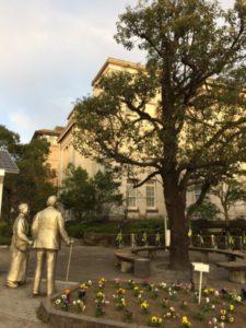 鹿児島 ウィリアム・ウィリスと高木兼寛銅像