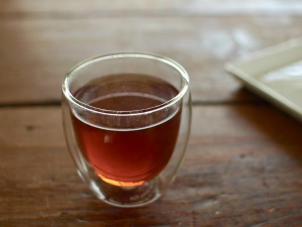 ボタム グラス