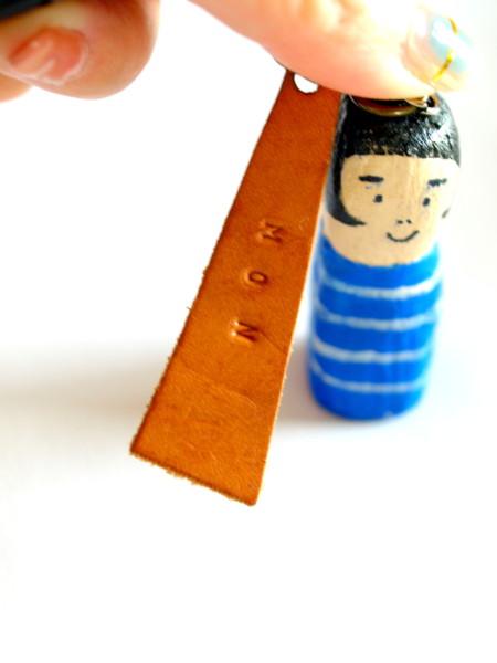 木彫りのキーホルダー