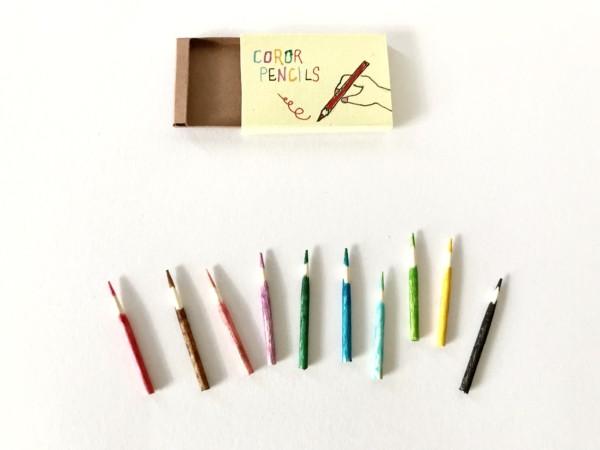 ミニチュア 色鉛筆