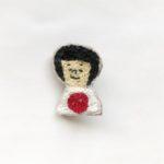 刺繍のブローチ